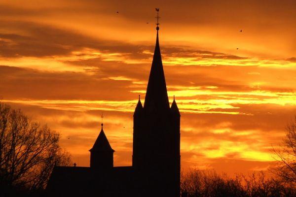 kirchturm-ankum111744214-2149-D1E6-7ABE-C6899B26537F.jpg
